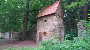 Historische Jagdhäuschen im Langebrücker Saugarten