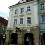 Żary, ehemalige Posthalterei am Markt