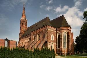 Kollegiatskirche auf der Dominsel (Quelle: Wikipedia, Zetem, 2010)