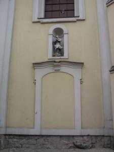Zugemauerter Eingang Augusts II. an der Pfarrkirche