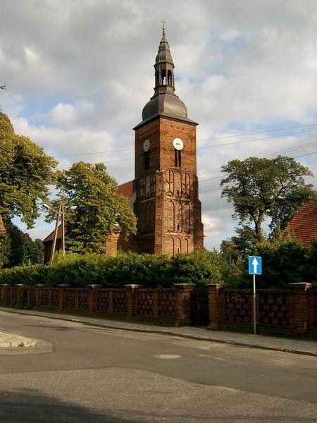 Kirche in Swieciechowa (Foto: Wikipedia, Ralf Lotys, 2006)