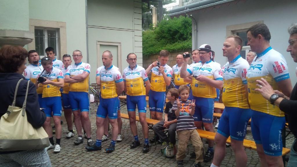 Die Sportler aus Gostyń bei der Begrüßung im Dresdner Kraszewski-Museum am 29.5.15